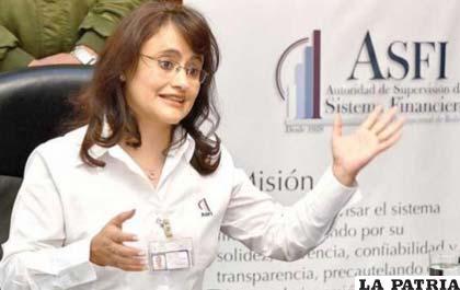 Directora ejecutiva de la Asfi, Lenny Valdivia