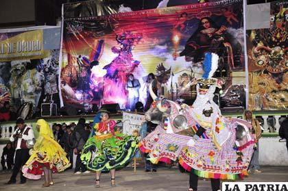 Inauguración del Carnaval en medio de colorido