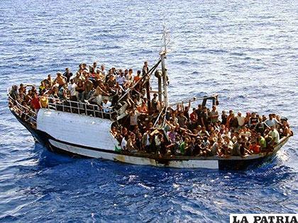 Refugiados cubanos con destino a los Estados Unidos /caritas-sevilla.org