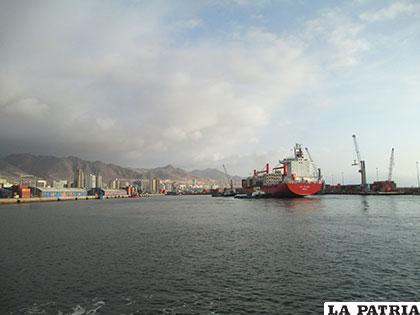 El anhelo de los bolivianos es volver al mar