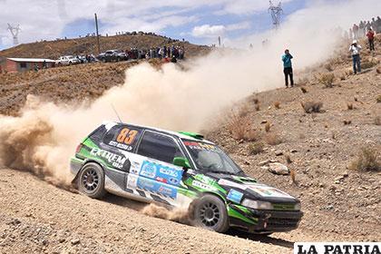 Jairo Chura en plena competencia