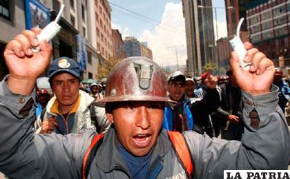 La sanción estipulada por manipular explosivos es de uno a cinco años de cárcel /enlacesbolivia.net