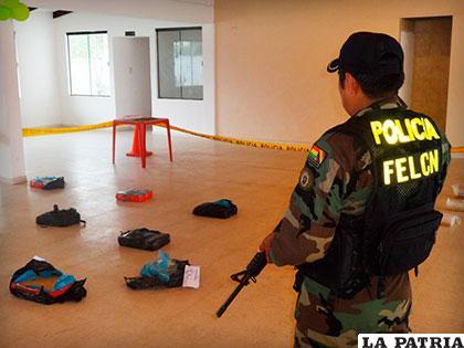 Los paquetes de droga que se encontraron en el interior