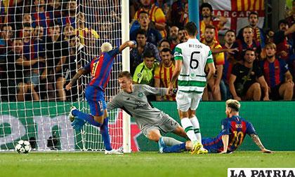 Tres goles anotó Messi y uno Neymar, los otros Iniesta y Suárez /AS.COM