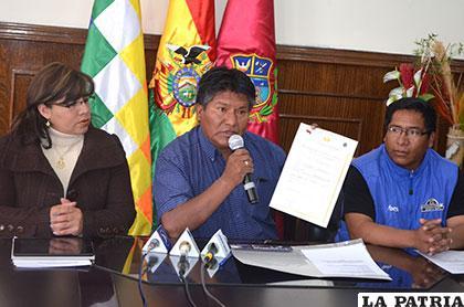Gobernador hizo entrega a Fedepedis de su personería jurídica