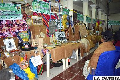 Morenadas de Oruro expondrán sus reliquias