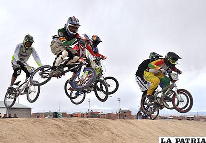 Vuelve a ponerse en escena el bicicross