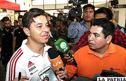 River Plate, dirigido por Marcelo Gallardo, llegó ayer a Santa Cruz /APG