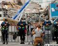 Rescatistas se enfocan en hallar cuerpos en ruinas de un edificio en México