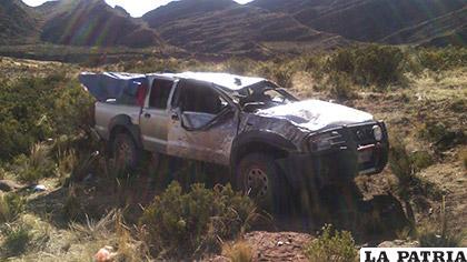 La camioneta en la que iban las víctimas fatales /LA PATRIA
