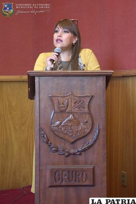 Silvia Padilla denunció