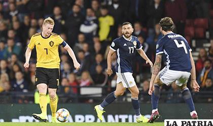 Bélgica no tuvo problemas para vencer de visita a Escocia 4-0 /amazonaws.com