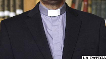 Retirada del estado clerical al sacerdote Gregorio Osvaldo Salgado Coe /López Dóriga
