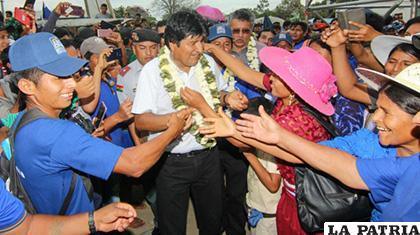Evo Morales en la inauguración de la doble vía Ichilo - Ivirgarzama /ABI