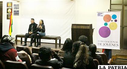 La presentación de este libro se realizó ayer en la Facultad de Derecho /CARLA HERRERA /LA PATRIA