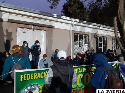 Mineros ponen pausa a sus movilizaciones tras la llegada de autoridades /Fedecomin