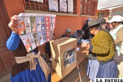 Ya se tiene un número establecido de votantes para el 18 de octubre /LA PATRIA /archivo