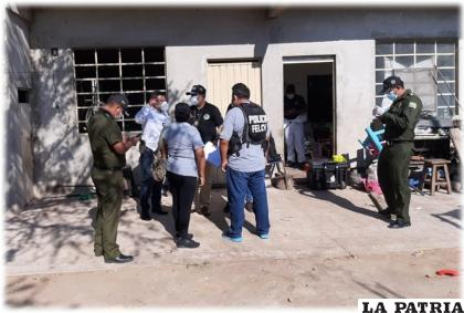 La policía investiga un doble feminicidio en Santa Cruz /El Deber