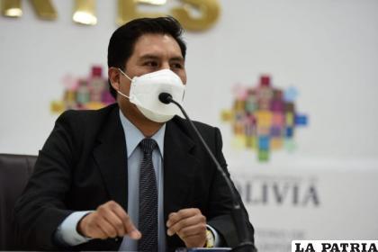El ministro de Salud, Jeyson Auza /INTERNET