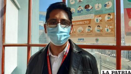 Responsable del ampliado de inmunización de Sedes Oruro, Ever Pérez /LA PATRIA