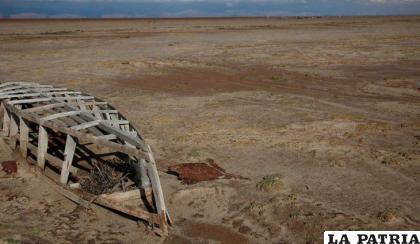 La sequía afectó a varios municipios de Oruro. El caso del lago Poopó es uno de los más alarmantes /RR.SS.