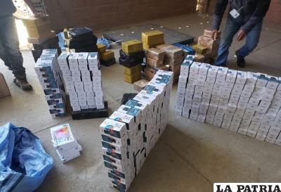 Del 11 al 17 de septiembre de decomisaron celulares con un valor de 396.180 bolivianos entre Oruro y La Paz /ADUANA