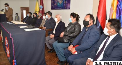 La firma de convenio se hizo con diferentes entidades de la sociedad orureña /Coteor
