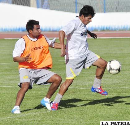 """Los """"santos"""" ayer entrenaron en el """"Bermúdez"""""""