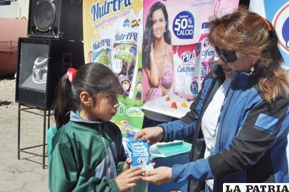Incentivan consumo de leche en la población infantil