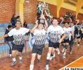 Vuelta olímpica de la selección de Cochabamba