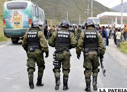 Policías denunciaron corrupción al interior de la entidad del verde olivo /ULTIMASNOTICIASBOLIVIA.COM