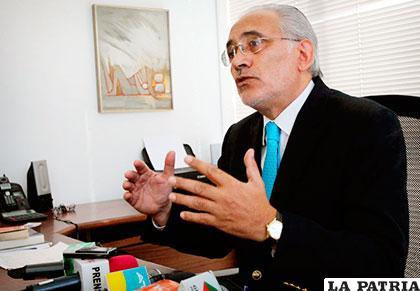 El ex presidente Carlos Mesa Gisbert /ELBOLIVIANOENVIVO.COM