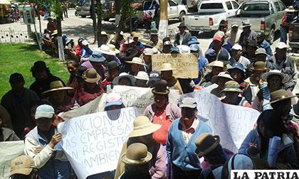 Vecinos de Vinto pidieron parar la contaminación ambiental