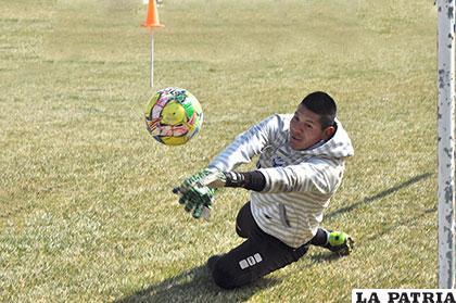 Juan Carlos Robles volverá a la titularidad en el equipo