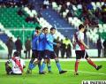 Bolívar sigue su ascenso con una  goleada sobre Nacional Potosí: 6-3