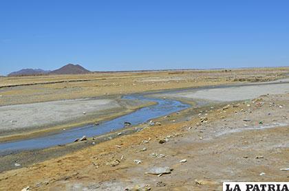 Una vista del lago Uru Uru