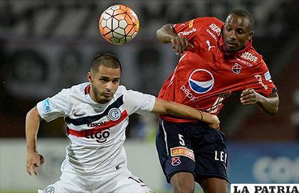 La acción del partido que terminó 0-0, anoche en Colombia /conmebol.com