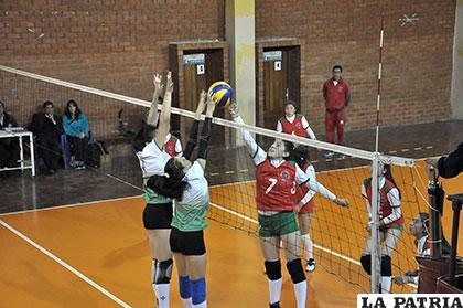 La Paz derrotó a Santa Cruz en un partido bien disputado