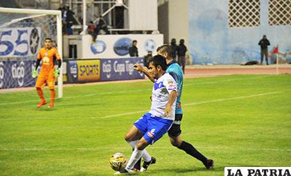 San José le ganó a Bolívar en la ida y en la vuelta del torneo Clausura