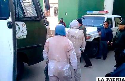 Los trabajadores fueron arrestados pero tras unas horas todos salieron libres