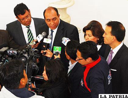 El presidente de la ANP, Marcelo Miralles, habla con periodistas para explicar los alcances de la propuesta presentada /ANF