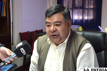 El fiscal de Distrito, Mario Rocha, brindó la información de la estafa