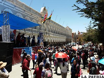 Las actividades de la Gobernación cierran periódicamente la calle Presidente Montes