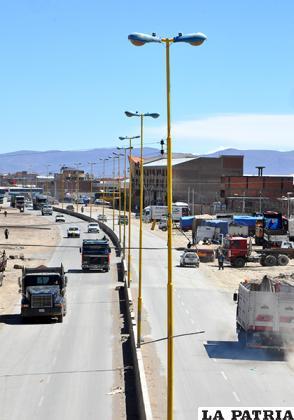 El financiamiento permitirá renovar todo el alumbrado público de la ciudad /LA PATRIA ARCHIVO
