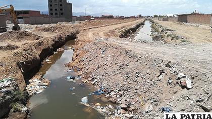 El proyecto de embovedado contempla 4.420 metros del canal, desde el Norte hasta casi llegar al mercado Tagarete/ LA PATRIA/ARCHIVO