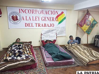 Algunos huelguistas también temen por represalias de autoridades del sector /LA PATRIA