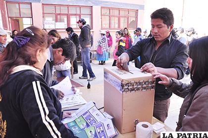 En el departamento Oruro habrá 365 recintos electorales /LA PATRIA /ARCHIVO