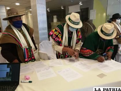 Durante la firma del acuerdo este miércoles /TEDO