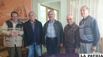 Algunos de los integrantes de la Asociación de Periodistas de Oruro /elsajama.com