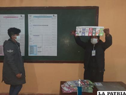 La inclinación en Oruro fue por el MAS, por ello tienen nueve representantes de ese partido y cuatro de CC /LA PATRIA